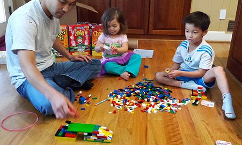 Family Fun Playing with MegaBloks and General Mills cereals
