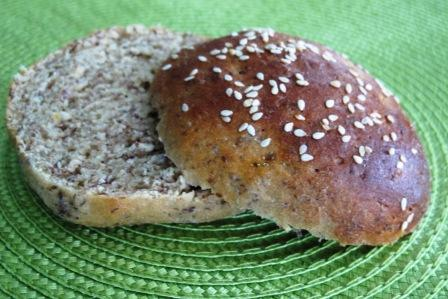 Recipe Redux - Honey Whole Wheat Sandwich Buns - Ann Dunaway Teh